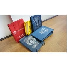 Бумажные пакеты с трафаретной печатью